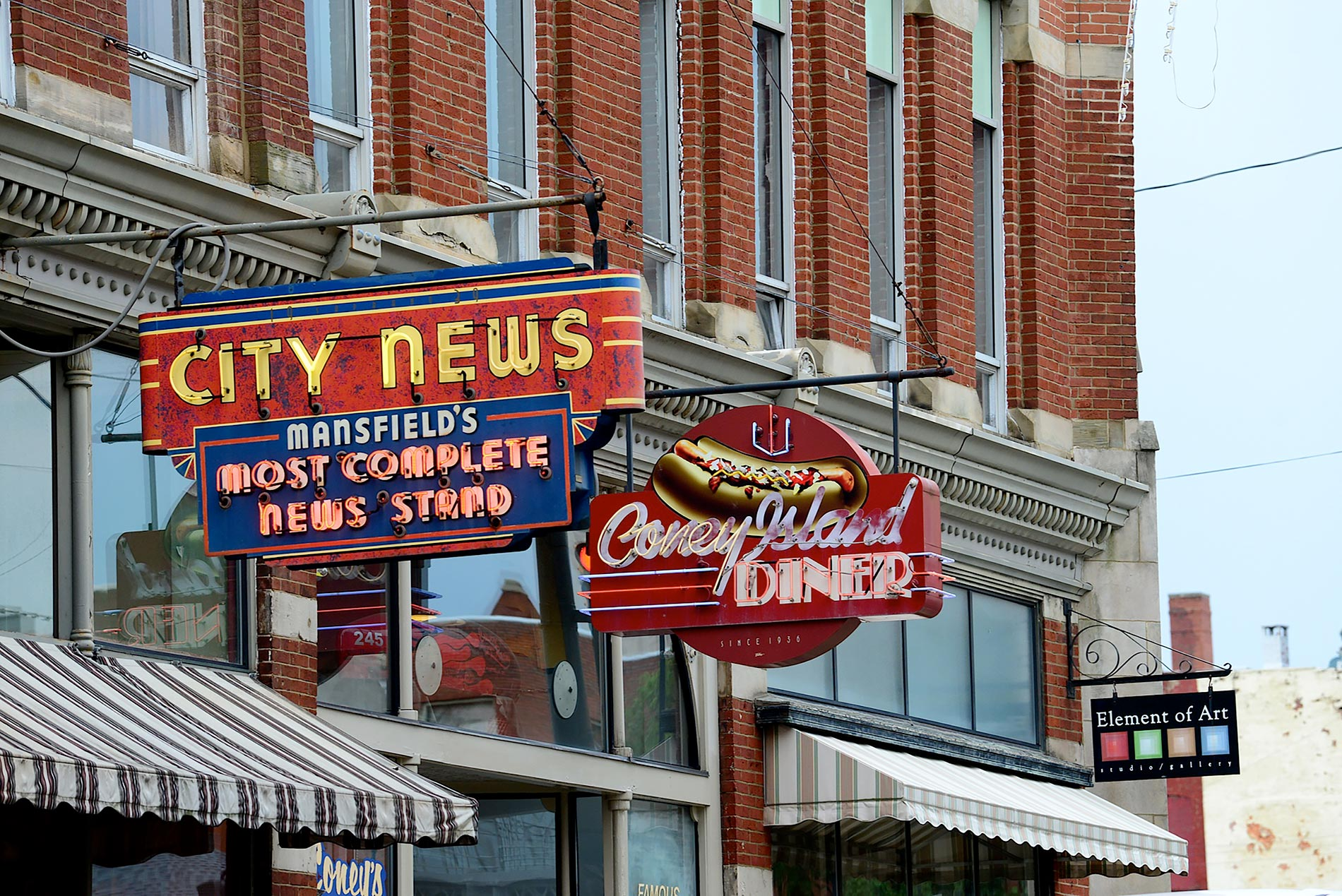 fig. 1 _ Great new and vintage signs along Main Street