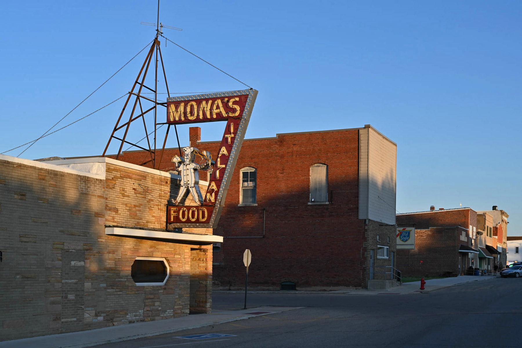 Mona's Day